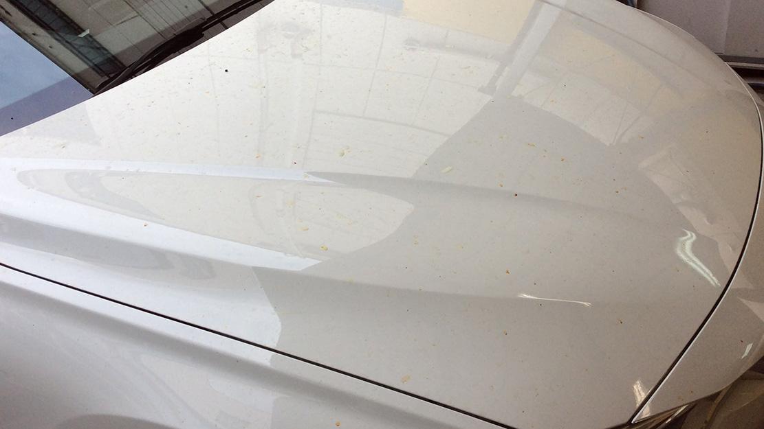 車に付着した鉄粉